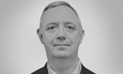 Prof Colin Lindsay